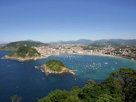 San Sebastián - Swimming in Basque country